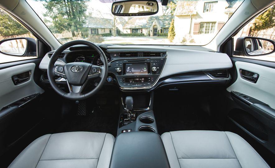 2016 Toyota Avalon Limited - Slide 68