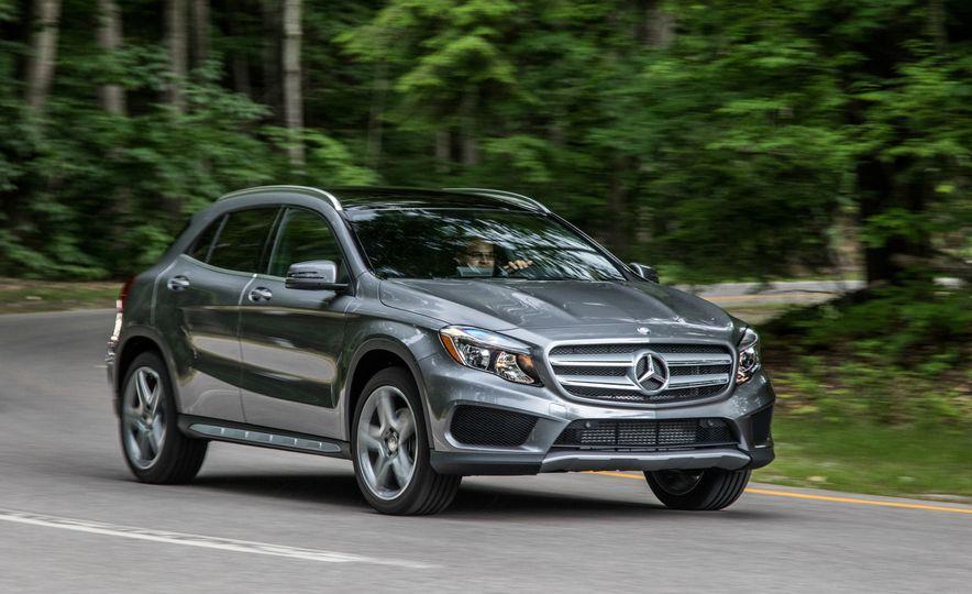 2016 Mercedes-Benz GLA250 4MATIC - Slide 9