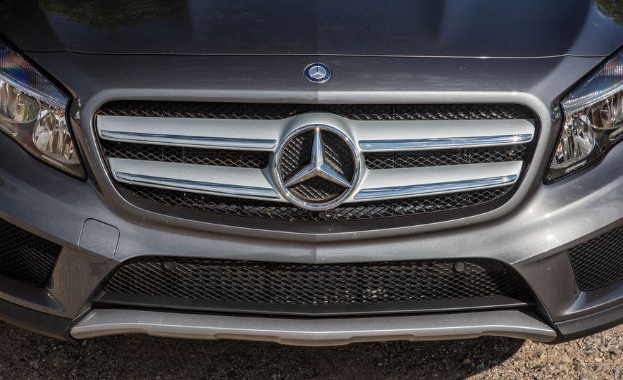 2016 Mercedes-Benz GLA250 4MATIC - Slide 18