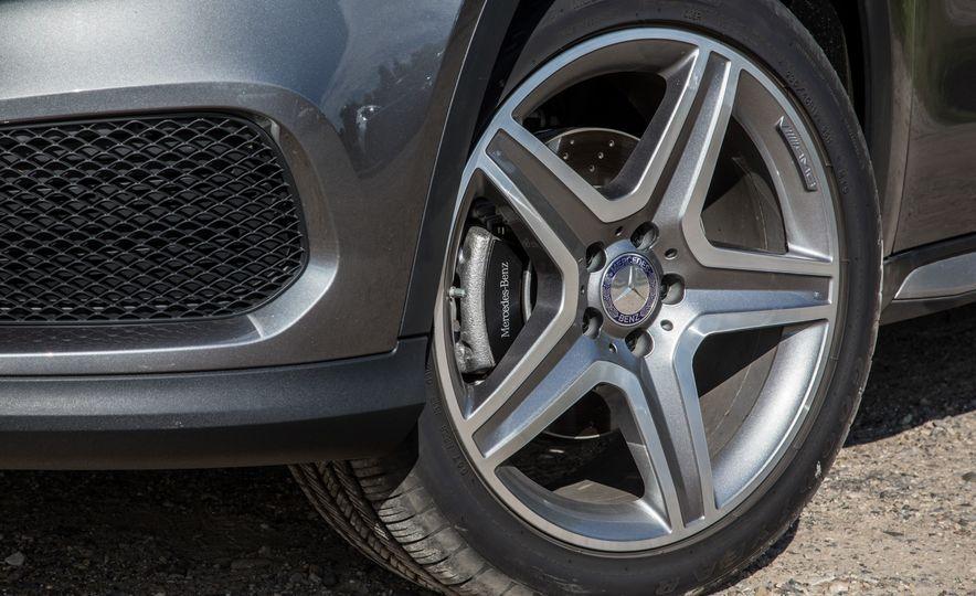 2016 Mercedes-Benz GLA250 4MATIC - Slide 19