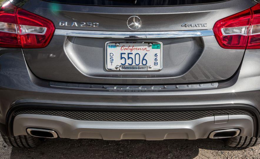 2016 Mercedes-Benz GLA250 4MATIC - Slide 24