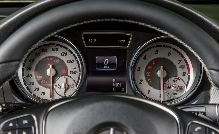 2016 Mercedes-Benz GLA250 4MATIC - Slide 37