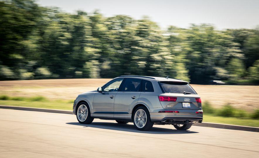 2017 Audi Q7 - Slide 66