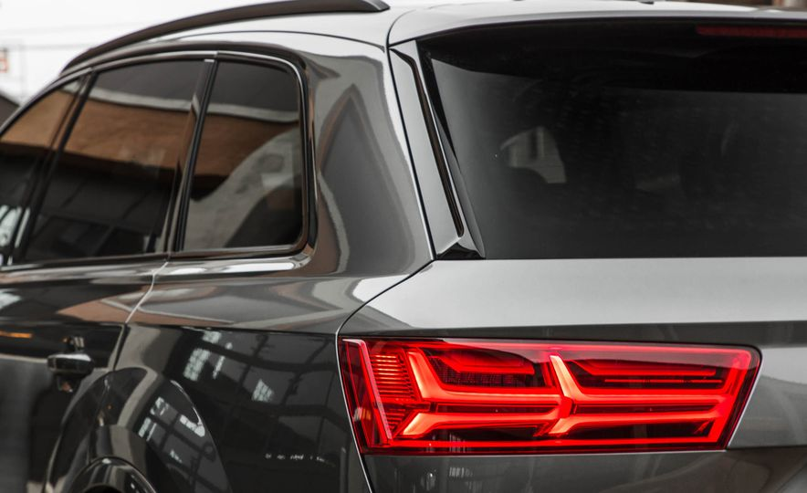 2017 Audi Q7 - Slide 126