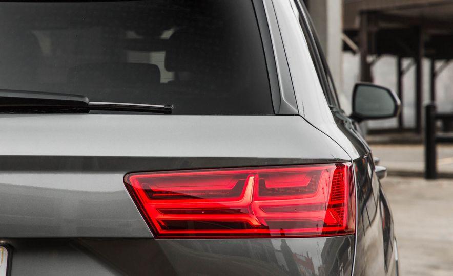 2017 Audi Q7 - Slide 129