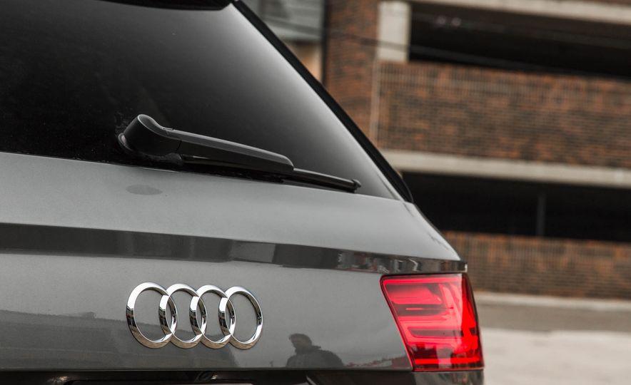 2017 Audi Q7 - Slide 128
