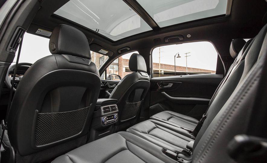 2017 Audi Q7 - Slide 158