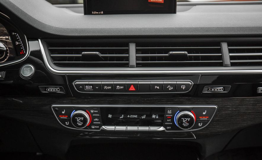 2017 Audi Q7 - Slide 145