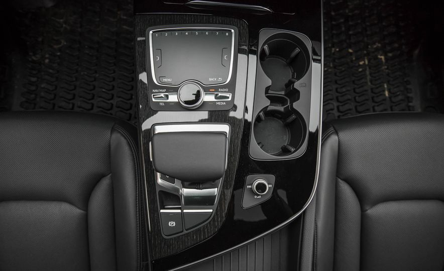 2017 Audi Q7 - Slide 147