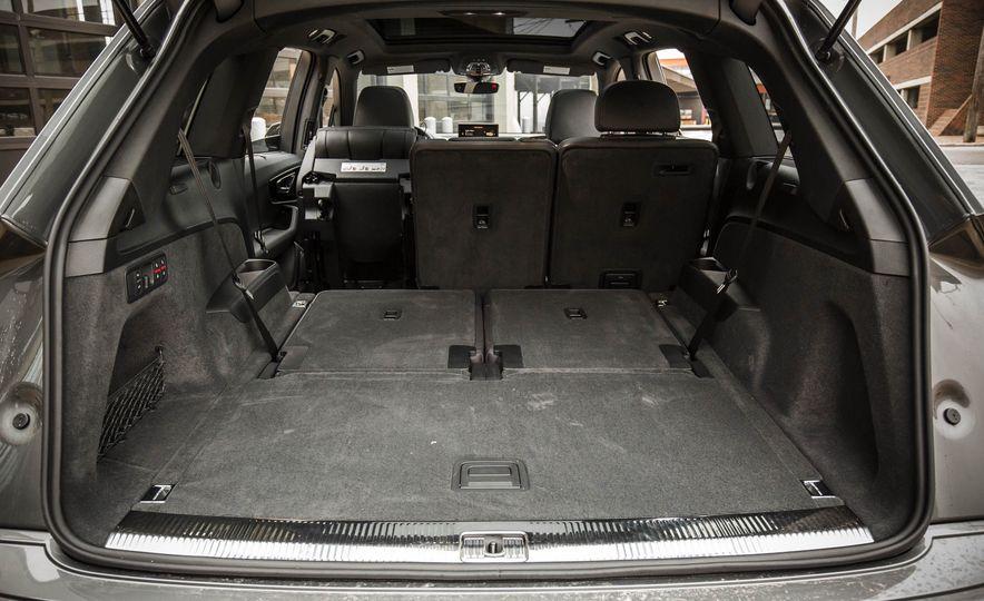 2017 Audi Q7 - Slide 170