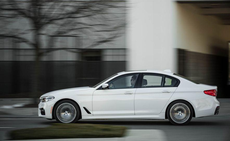 2017 BMW 540i xDrive - Slide 6