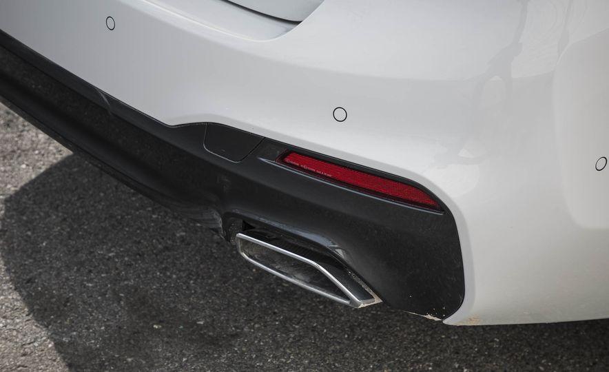 2017 BMW 540i xDrive - Slide 27