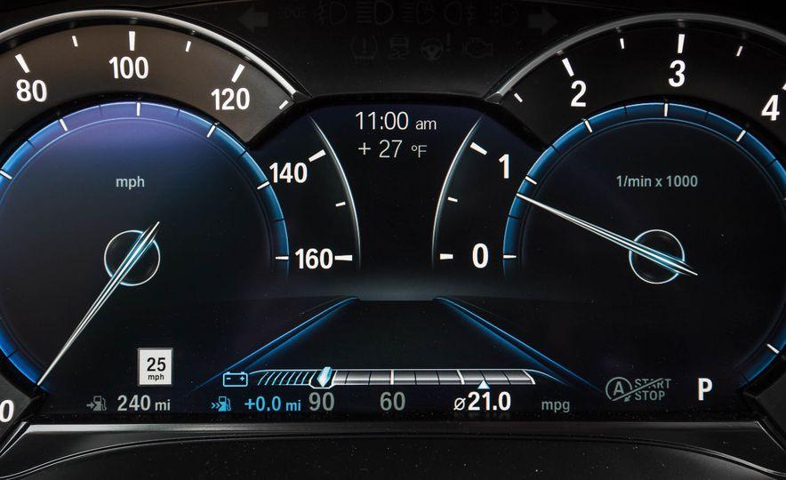 2017 BMW 540i xDrive - Slide 48