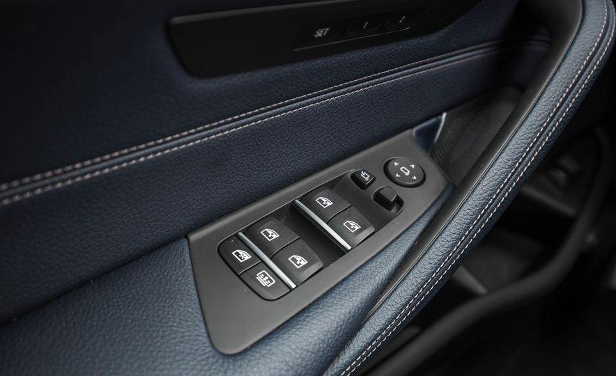 2017 BMW 540i xDrive - Slide 67