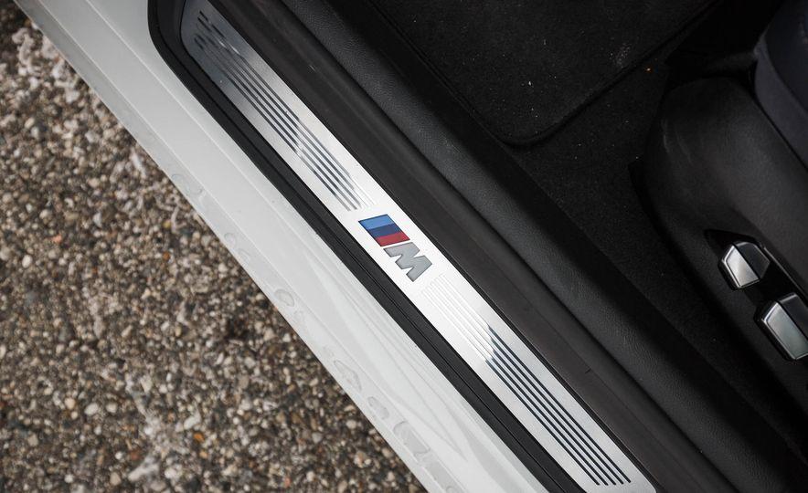 2017 BMW 540i xDrive - Slide 74