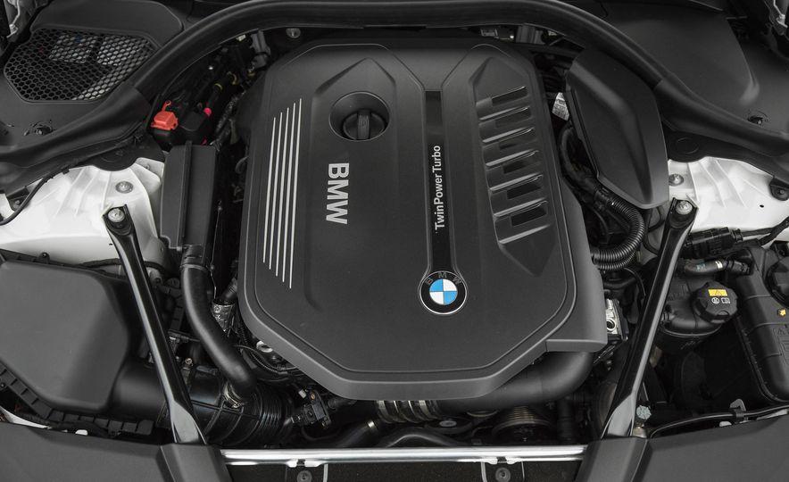 2017 BMW 540i xDrive - Slide 84