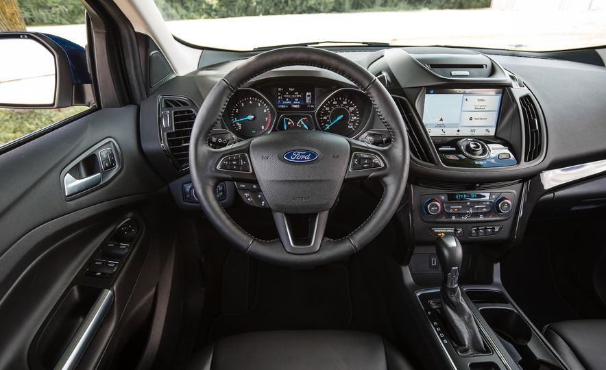 2017 Ford Escape – In-Depth Review - Slide 36