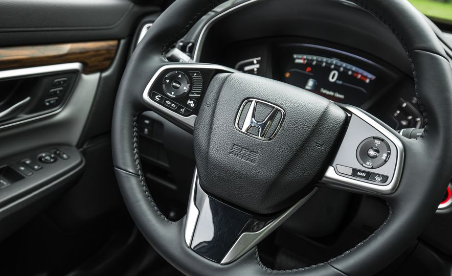 2017 Honda CR-V – In-Depth Review - Slide 32