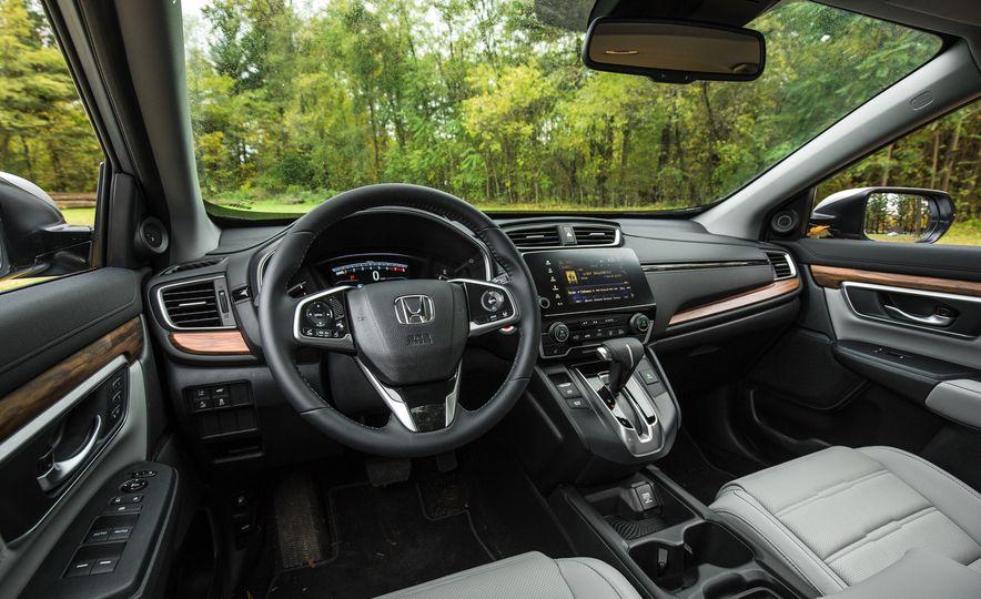 2017 Honda CR-V – In-Depth Review - Slide 18