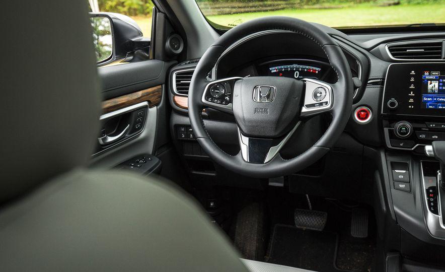 2017 Honda CR-V – In-Depth Review - Slide 30