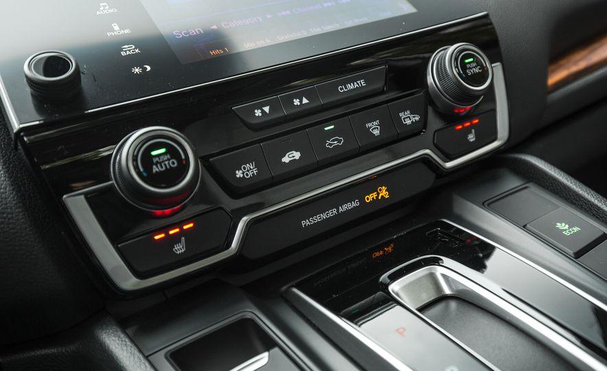 2017 Honda CR-V – In-Depth Review - Slide 38