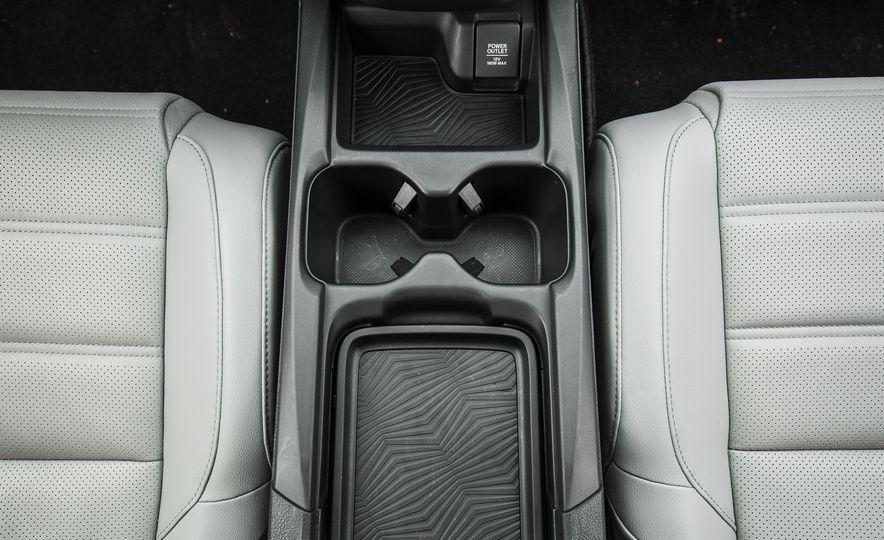 2017 Honda CR-V – In-Depth Review - Slide 42