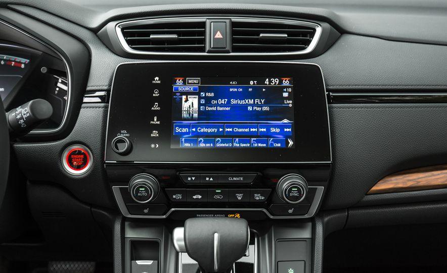 2017 Honda CR-V – In-Depth Review - Slide 36