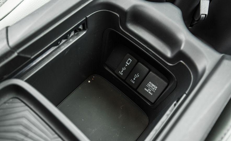 2017 Honda CR-V – In-Depth Review - Slide 45