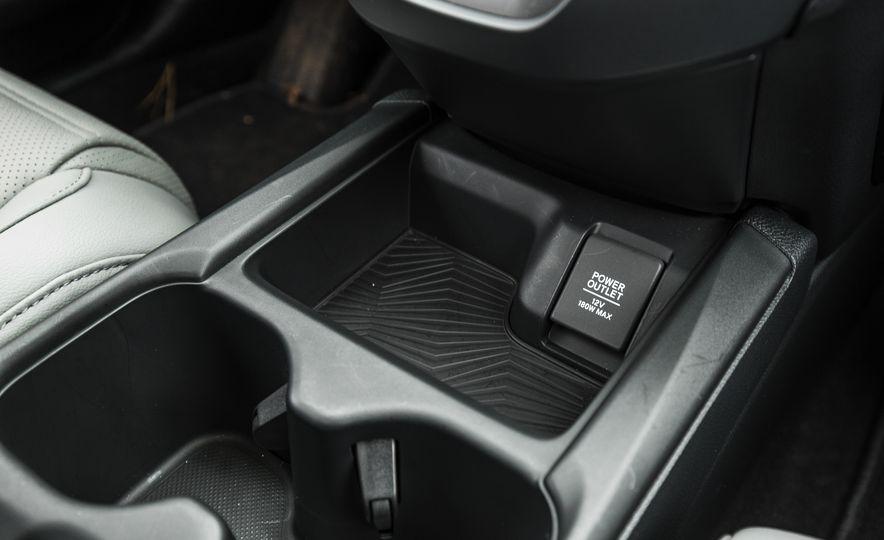 2017 Honda CR-V – In-Depth Review - Slide 46