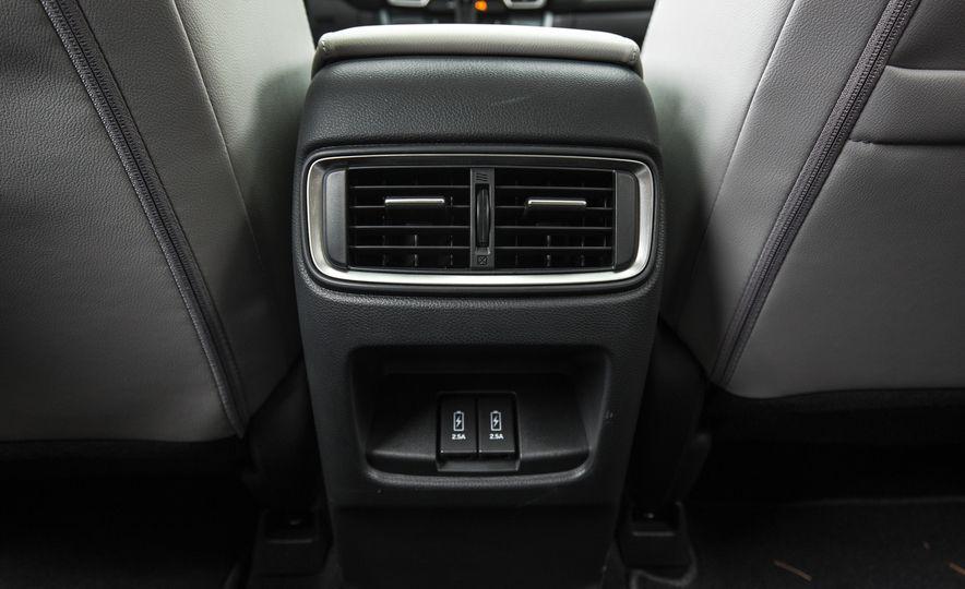 2017 Honda CR-V – In-Depth Review - Slide 47