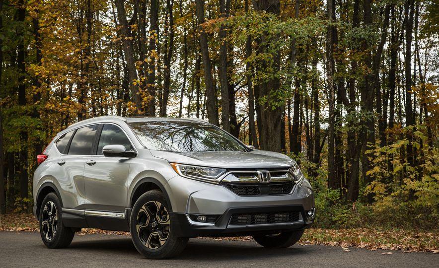 2017 Honda CR-V – In-Depth Review - Slide 2