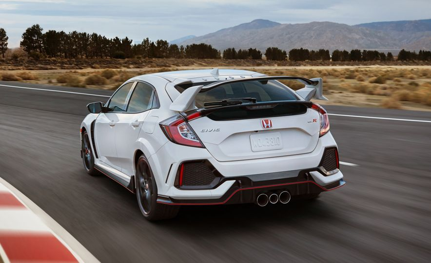 2017 Honda Civic Type R - Slide 1