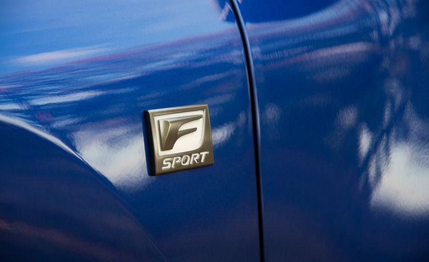 2017 Lexus NX200t F Sport - Slide 17