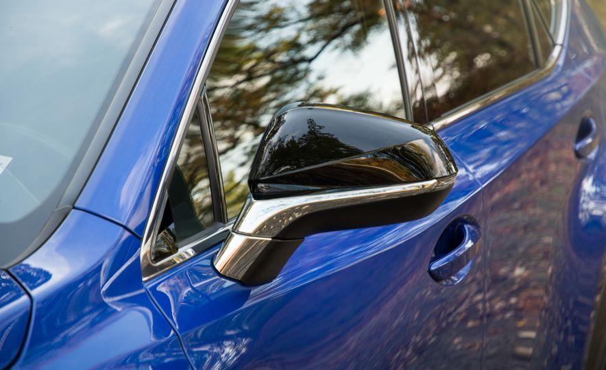 2017 Lexus NX200t F Sport - Slide 18