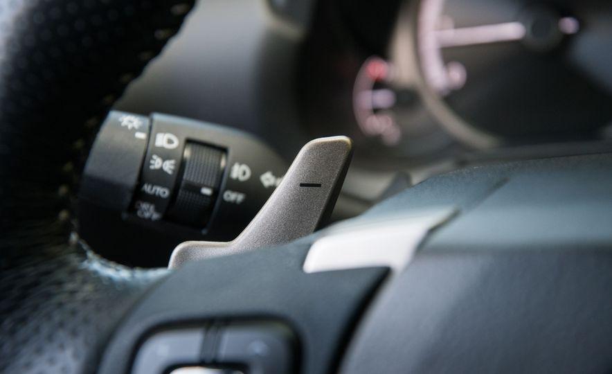 2017 Lexus NX200t F Sport - Slide 44