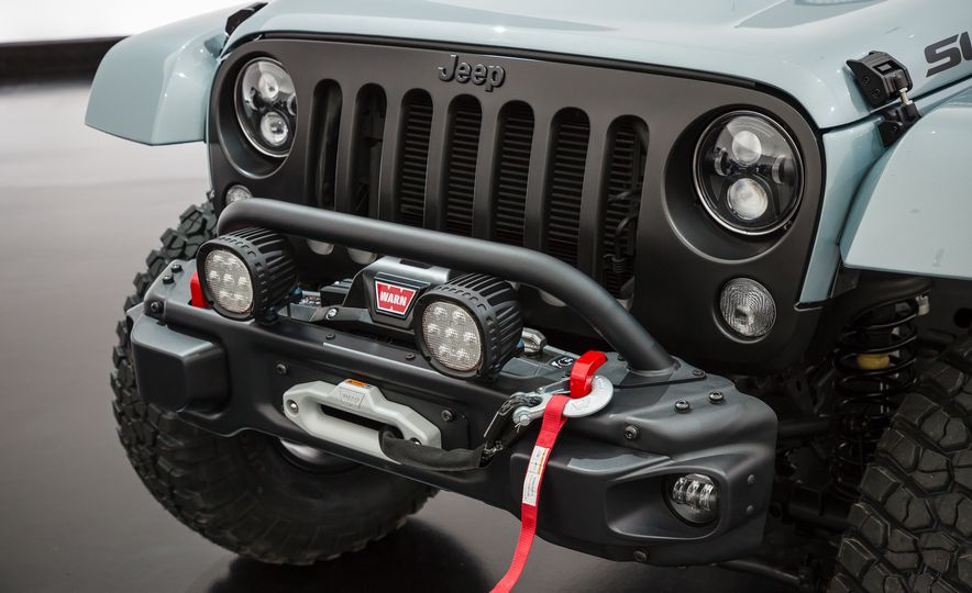 Jeep's New Concepts Include a Bitchin' Rat Rod, a Safari-Ready Wrangler, and . . . a 1993 Grand Cherokee? - Slide 29