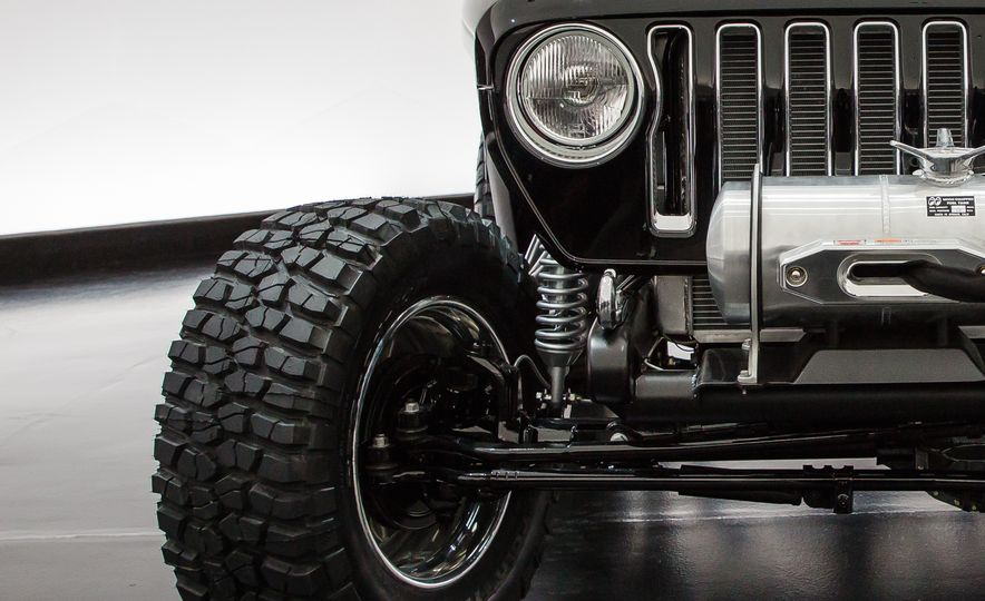 Jeep's New Concepts Include a Bitchin' Rat Rod, a Safari-Ready Wrangler, and . . . a 1993 Grand Cherokee? - Slide 1