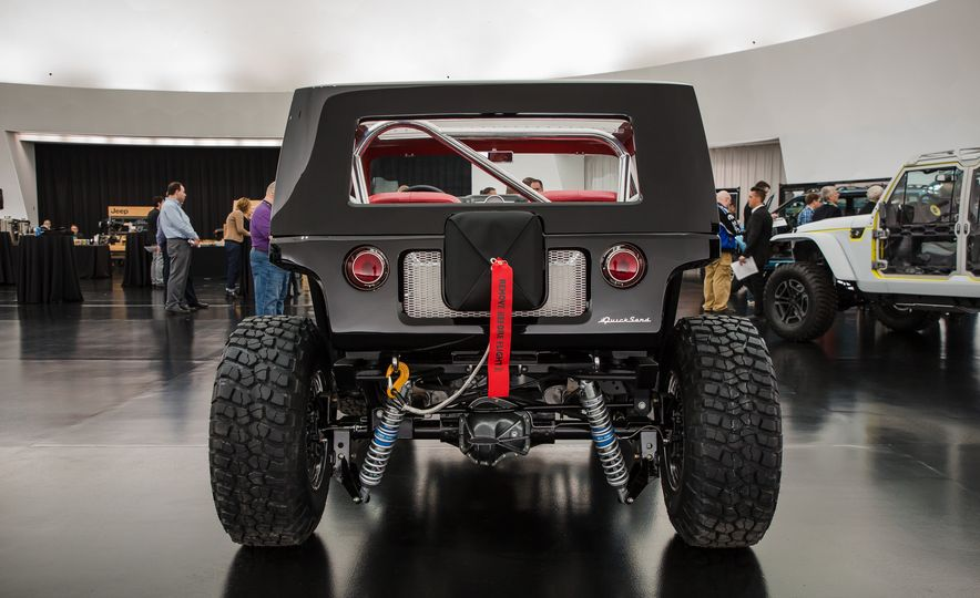 Jeep's New Concepts Include a Bitchin' Rat Rod, a Safari-Ready Wrangler, and . . . a 1993 Grand Cherokee? - Slide 21