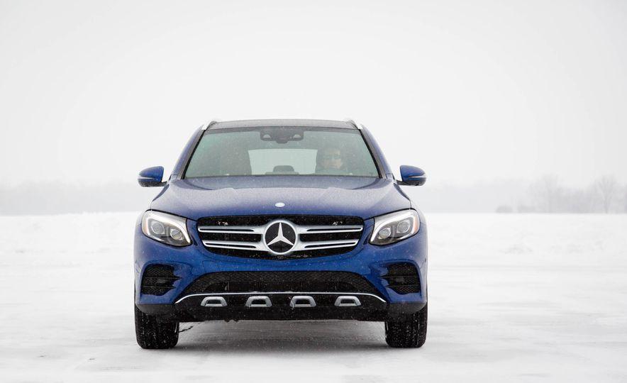 2017 Mercedes-Benz GLC300 4MATIC - Slide 7