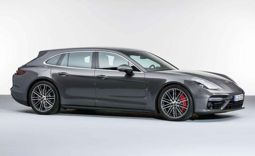 2018 Porsche Panamera Sport Turismo - Slide 18