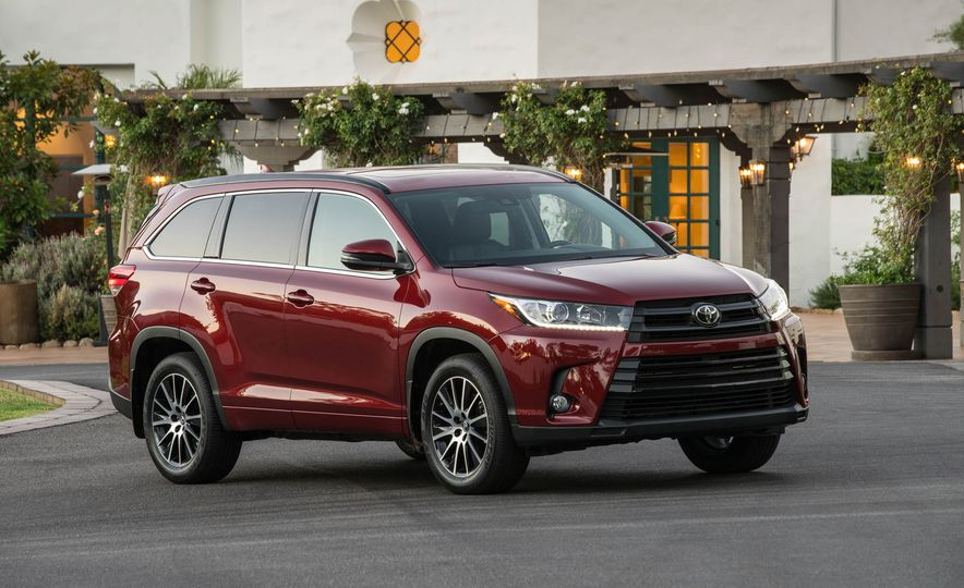 Top Marks The 13 Crossover Suvs With Best Safety Ratings Slide 6