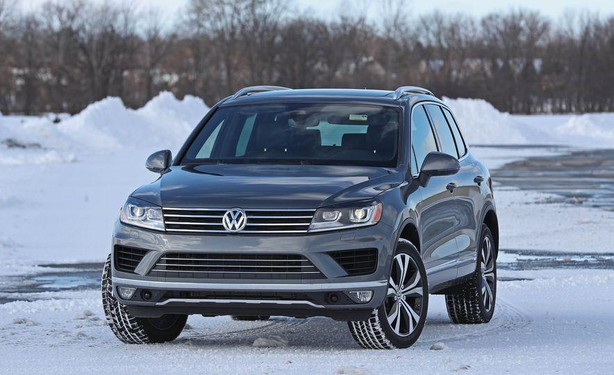2017 Volkswagen Touareg - Slide 19