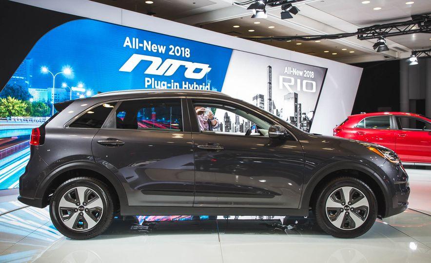 2018 Kia Niro plug-in hybrid - Slide 3