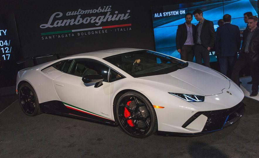 2018 Lamborghini Huracan Performante - Slide 2