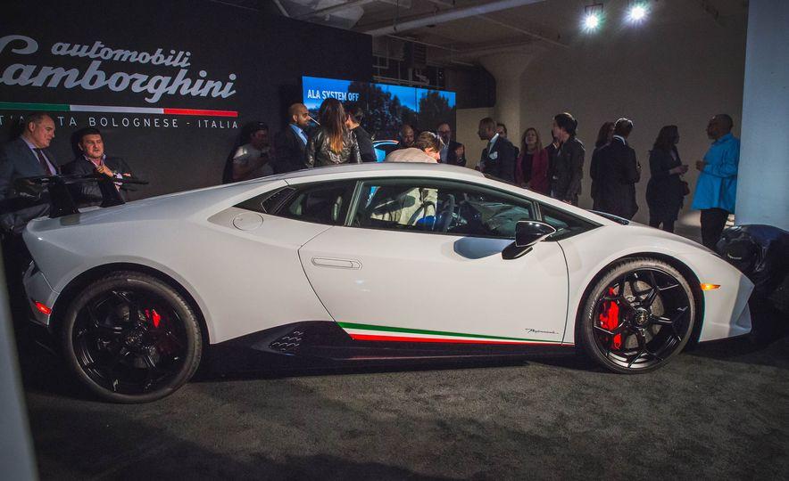 2018 Lamborghini Huracan Performante - Slide 5
