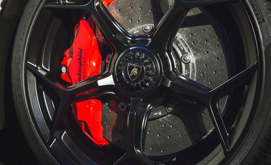 2018 Lamborghini Huracan Performante - Slide 12