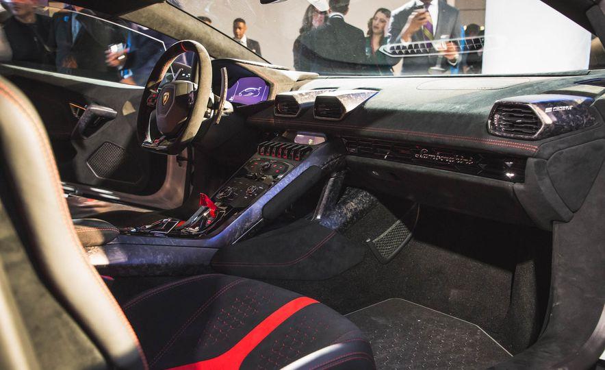 2018 Lamborghini Huracan Performante - Slide 18