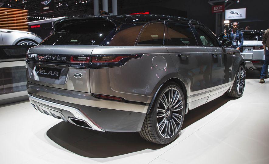 2018 Land Rover Range Rover Velar - Slide 2