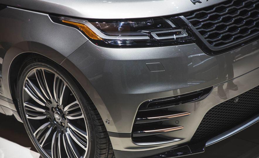 2018 Land Rover Range Rover Velar - Slide 3