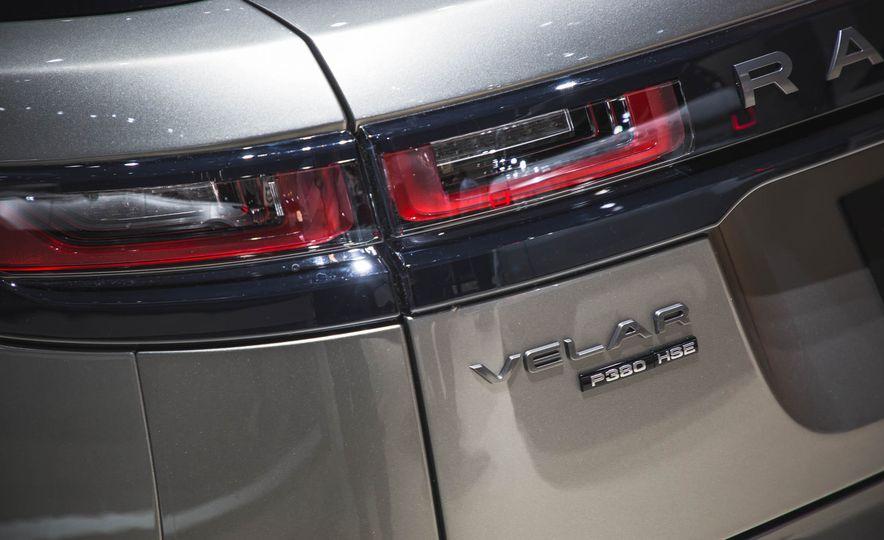 2018 Land Rover Range Rover Velar - Slide 6